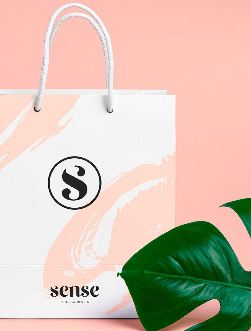 agencia-marketing-digital-pennyworth-identidad-corporativa-centro-estetica-valencia-09